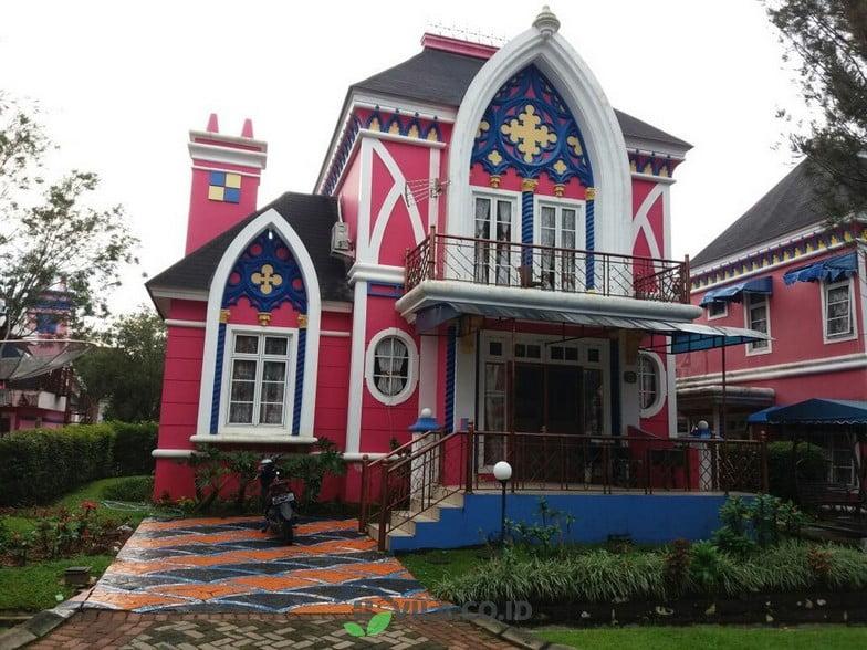villa oxford kota bunga puncak