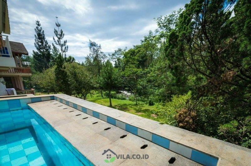 villa swis kota bunga puncak private pool