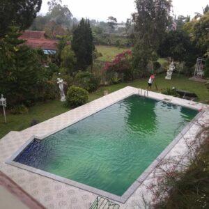Villa CB 11 Puncak | 4 Kamar Tidur Private Pool + Billiard