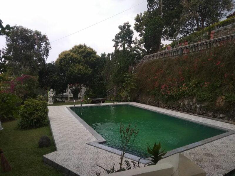 Villa CB 11 Puncak   4 Kamar Tidur Private Pool + Billiard
