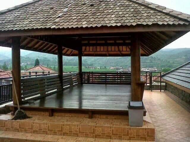 Villa Minimalis Kota Bunga 9 Kamar Private Pool
